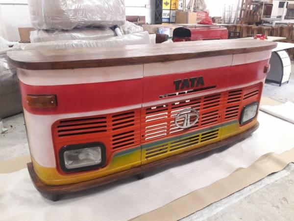 Theke LKW Bar Tresen Tata Vintage bunt Design Counter Upcycling Metall Holz Retro